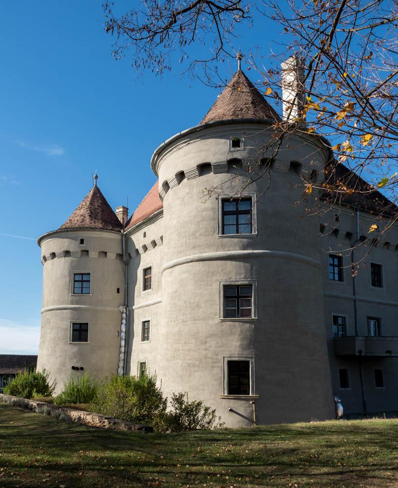 Cetatea de Baltă
